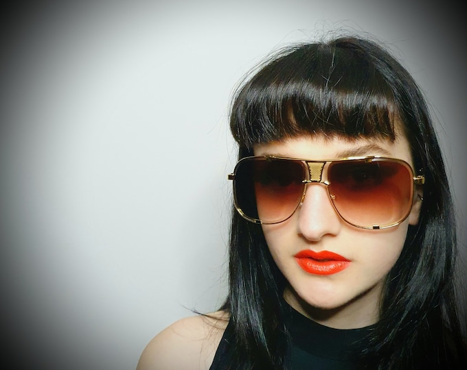 Vintage 1970s Style Gold Metallic Aviator Style sunglasses with Extra Gold detailing on  frame.