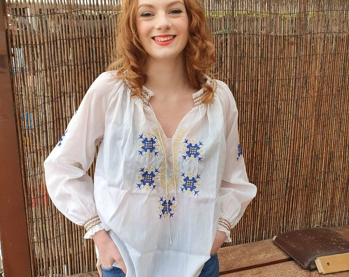 Vintage 1970s 70s 80s Sheer Embroidered Blouson Smocked Long Sleeve Top - M L