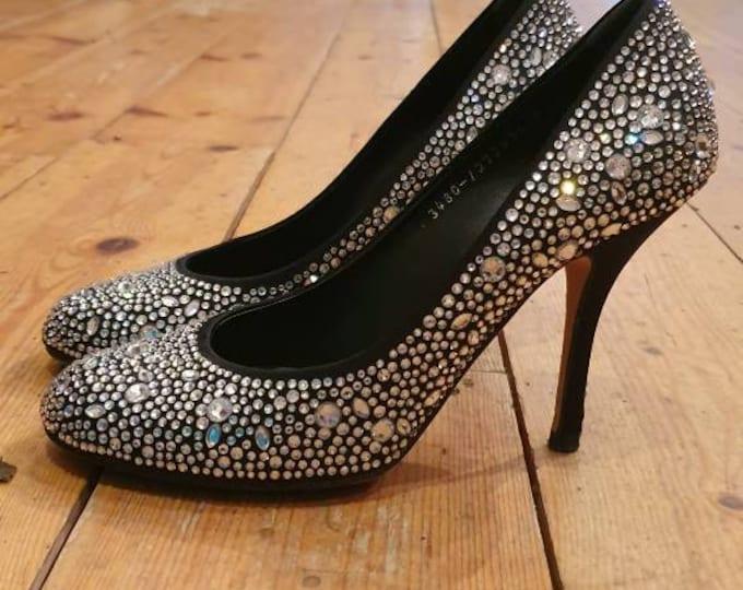 Y2k Gina Gilda Swarovski Encrusted Court Shoes High 4 Inch Heel Size 6 Satin Heel