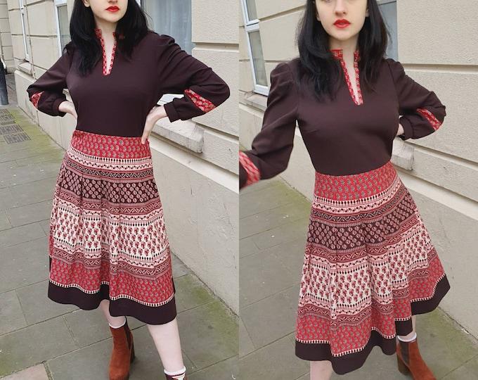 Vintage 1970s 70s  Vtg Dress Hippie Boho Indian Block Print Polyester Size M L