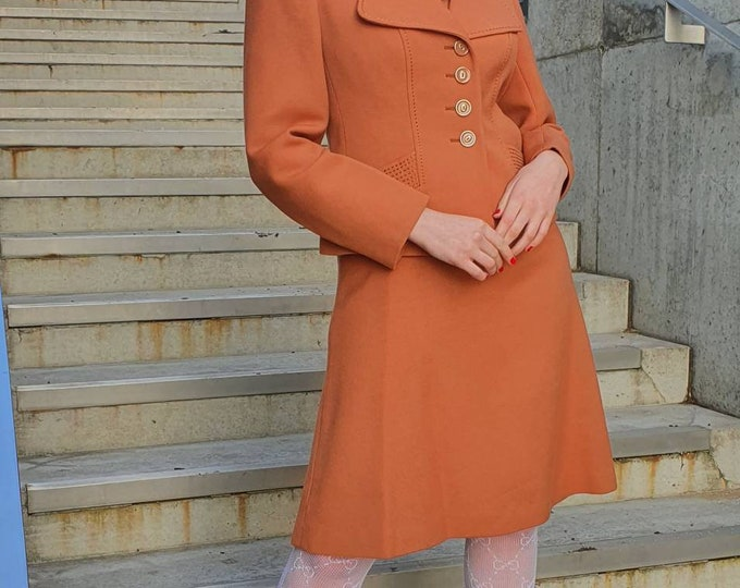 Vintage 1970s Cinnamon Mod 2 piece Fitted Jacket and Dress Wool Mix Ensemble with Stitch Detail - M