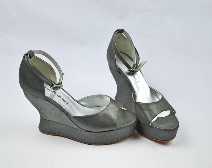 Nearly New Terry De Havilland Margaux Skyscraper Metallic Dark Silver Party Shoes uk 6 39