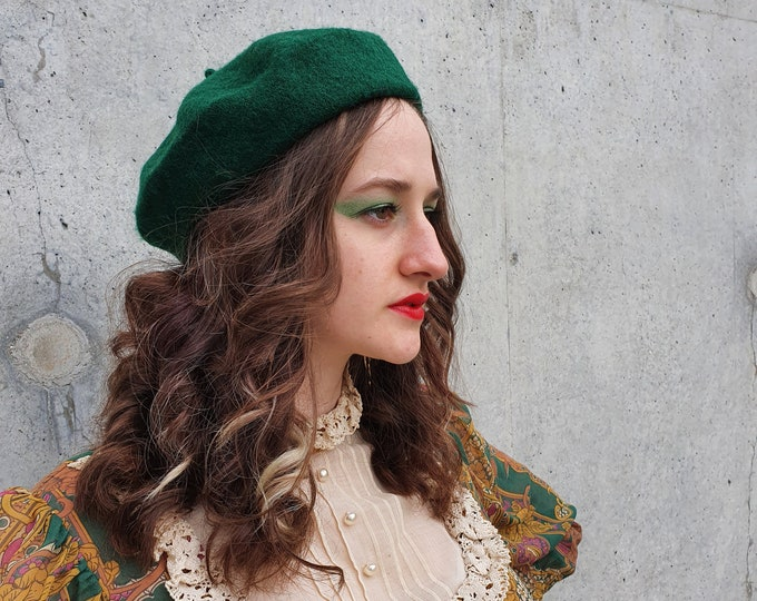 GREEN Wool Mix Beret One Size Brand New