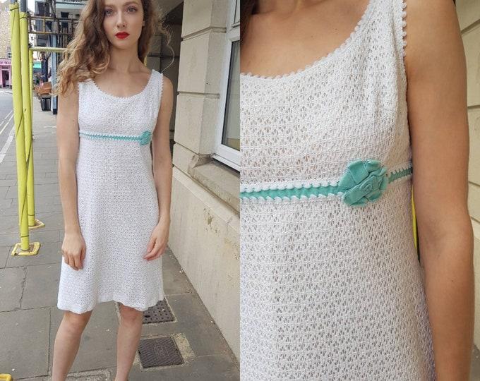 Vintage 1960s 60s White Cotton Crochet mini Shift Dress Wedding Berketex Mod Duckegg Blue Velvet Trim S M