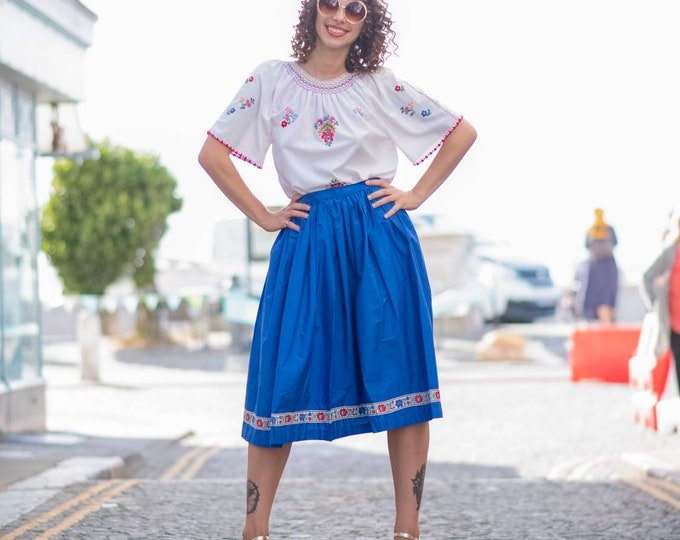 Vintage  1950s  50s Cotton Knee Length Electric Blue Skirt with Folk embroidered braid trim M