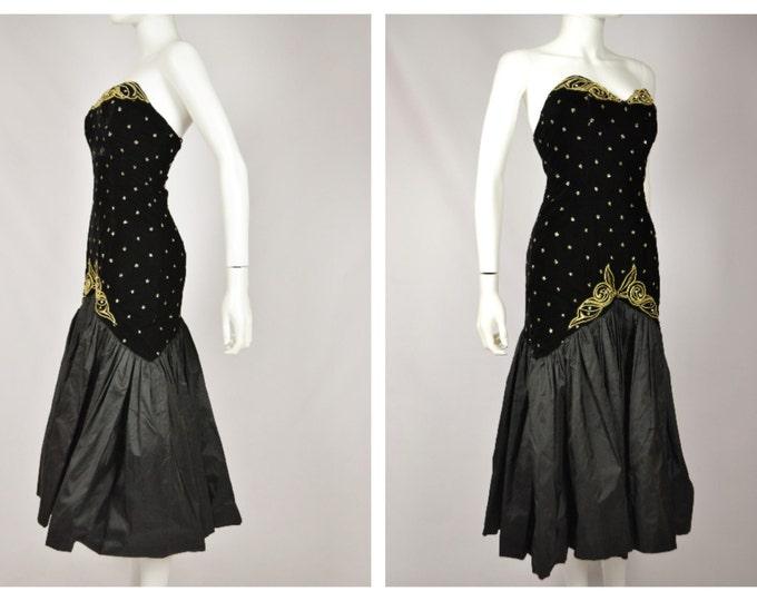 1fbdb990c42 Vintage 80 s does 50 s BOMBSHELL Velvet Wiggle Fishtail Hem Glitter Star  Strapless Party Cocktail Dress S