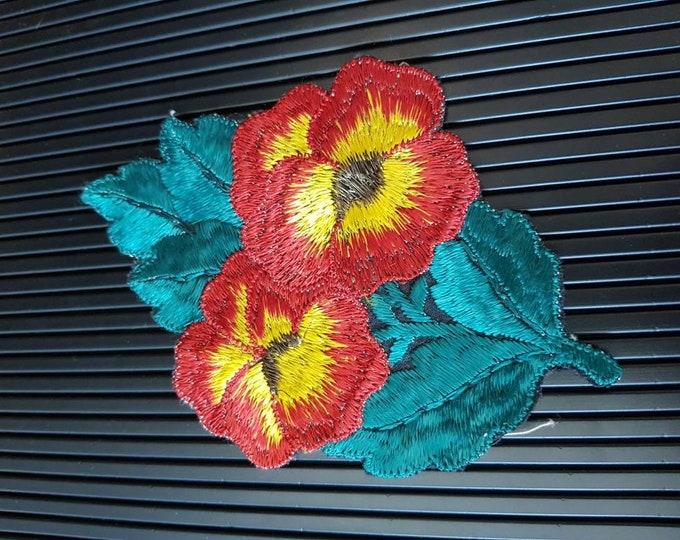 Vintage 1930s Turmac CA silk applique Red Pansy Patch Medium Art Nouveau