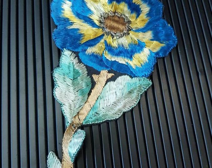 Vintage 1930s Turmac CA silk applique Teal Flower Patch Medium Art Nouveau