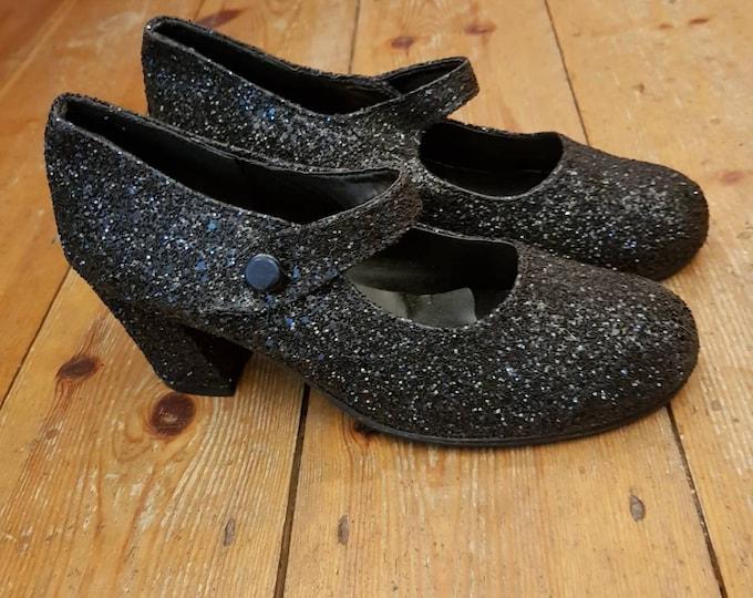 Black Glitter vintage 90s do 60s  Mary Jane block heel shoes uk 6