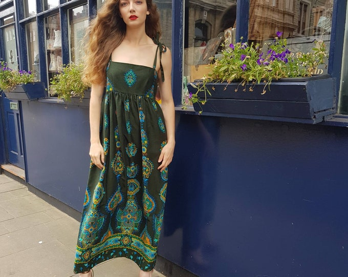 Beautiful Vintage Vibrant Psychedelic Print Green Boho Hippie 70s Barkcloth Empire line MAXI Dress with Button to detail back tie straps