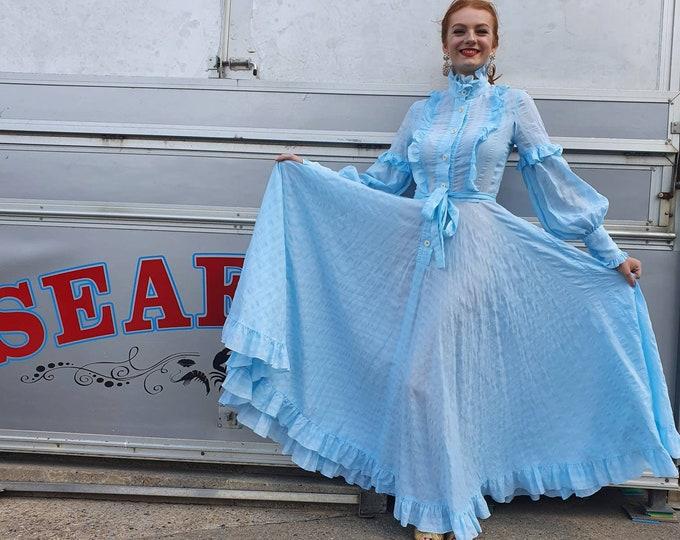 Amazing 1970s 70s Vintage Jean Varon Baby Blue Cotton Seersucker Full Huge Skirt Prairie Maxi Dress Ruffles XS