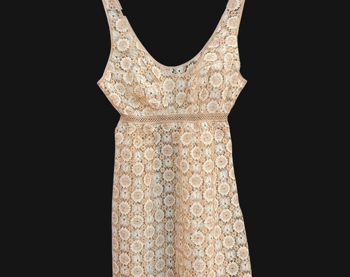 Vintage 1970s 70s  Pretty Sheer Champagne and Peach Lace Lingerie Baby Doll Slip Dress by Benger Ribana Size XS S V short Petite Fit