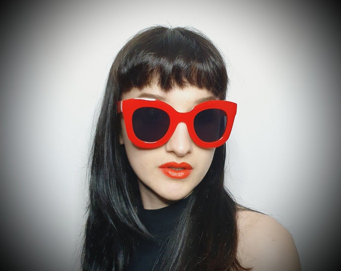 Oversized Vintage Style Red Chunky Sunglasses Brand New