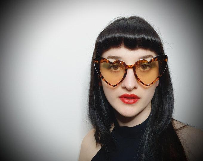 Sassy Leopard Frame Light Lens MPV Heart Sunglasses