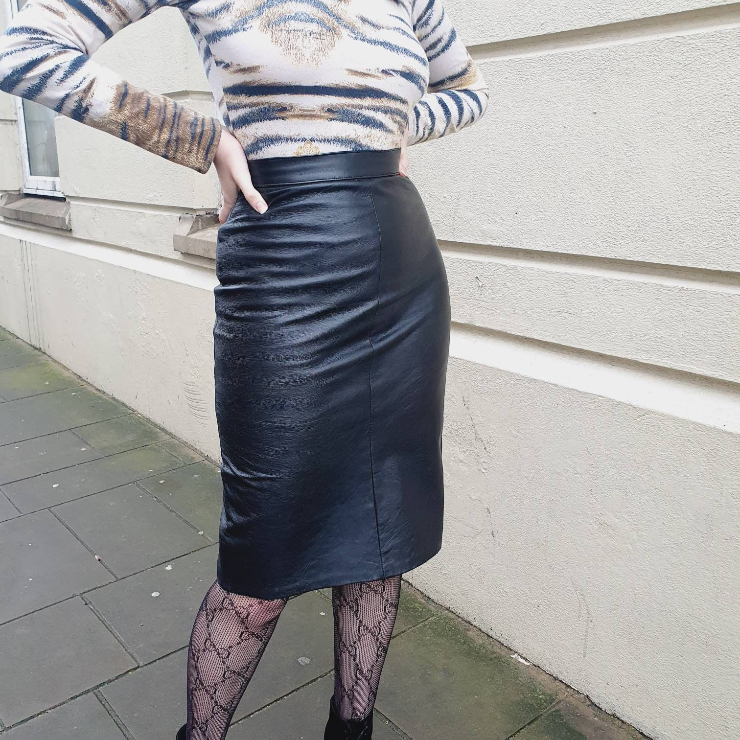 80/'s Vintage Black Leather Pencil Skirt  High Waist Fitted Wiggle Pegged Skirt  Size XSmall  26 inch Waist