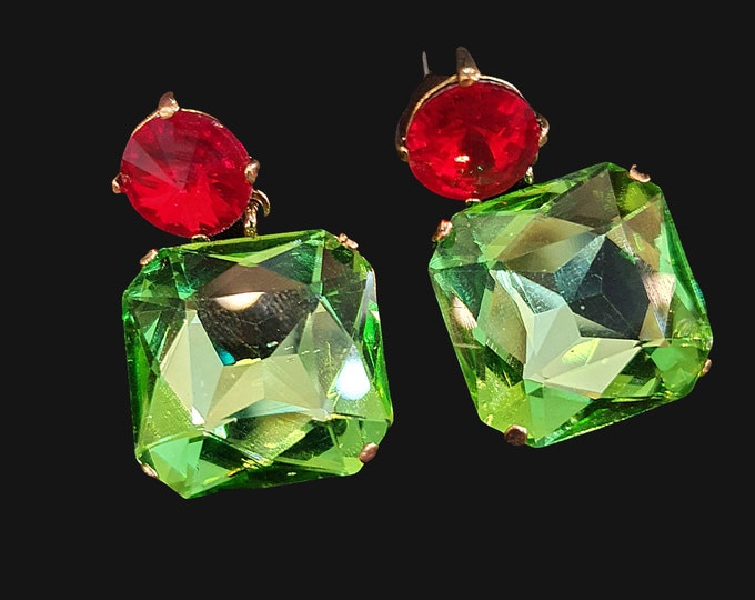NEW 90s Designer STYLE Chunky Green and Red Square Stone Drop Earrings for Pierced Ears