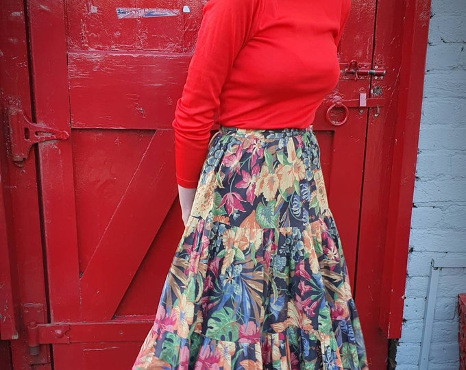 Vintage VTG  1970s 70s Stephen Marks Muted Tropical Flower Print Cotton Tiered Gypsy Midi Skirt 26 Waist 8