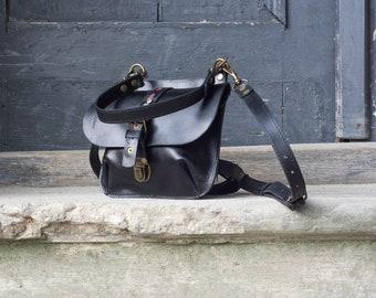eb21cf3df4 Sac à main petit sac à dos sac bandoulière en cuir sac à main original sac  à main élégant Molly S fait main en cuir sac à main Ladybuq art cadeau  femme bag