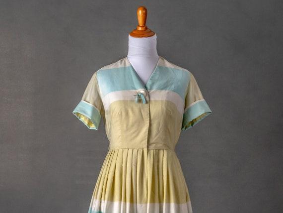1950s Vintage Day Dress - image 1