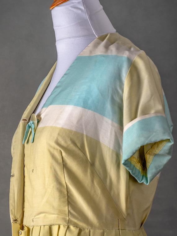 1950s Vintage Day Dress - image 5