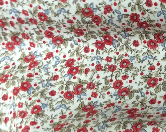 Fabric / Small Print / Red Floral Fabric / Smocking Fabric / Dress Fabric / Quilt Fabric / Doll Clothes / Fabric Finders / 1251