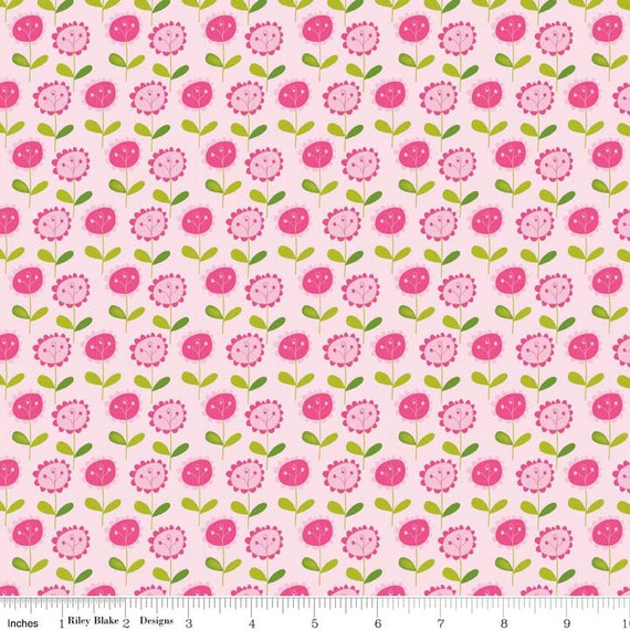 Print Fabric / Pink Flowers / Summer Floral / 100% Cotton Fabric /  Riley Blake Fabric / C3623