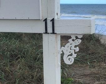 Mailbox Bracket - Gecko Small 7x9 inch, Custom Mailbox, Coastal, Tropical, Bracket, Outdoor Decor, Mailbox & Post Not Included