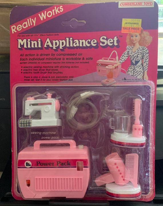 outlet store 6a9e7 6fb23 New in Package Vintage 1986 Mini Appliance Set for Barbie Dolls~ Really  Works!