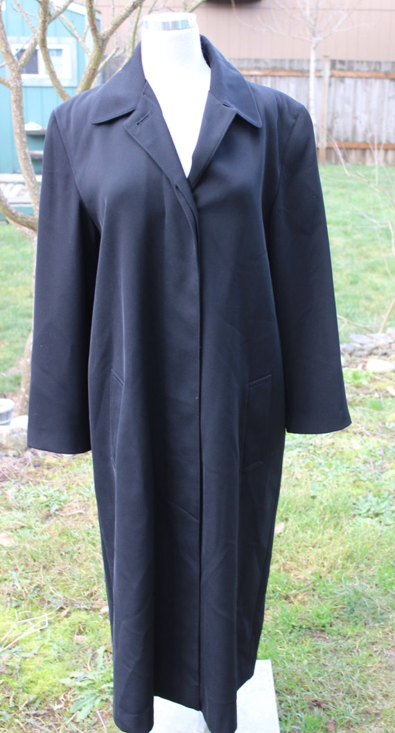 6d304b0db5 Ladies Vintage Giorgio Armani Black Coat w Hilary Radley Satin Liner Size 6