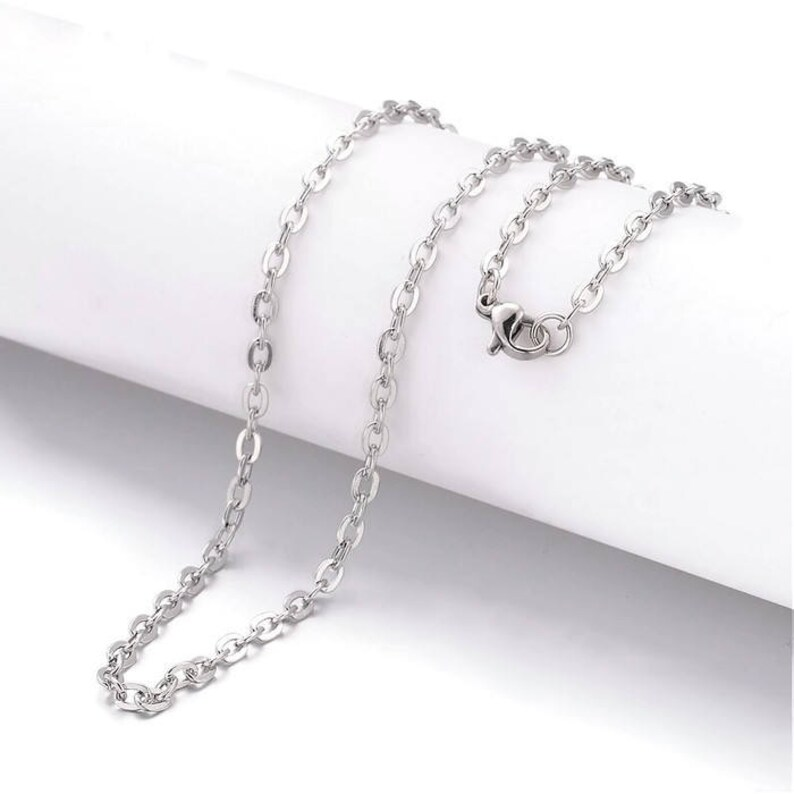 Stainless steel necklace 20 Fine chain 2.5mm x 2mm 20 inches 2024 Cross Chains with Lobster Clasps