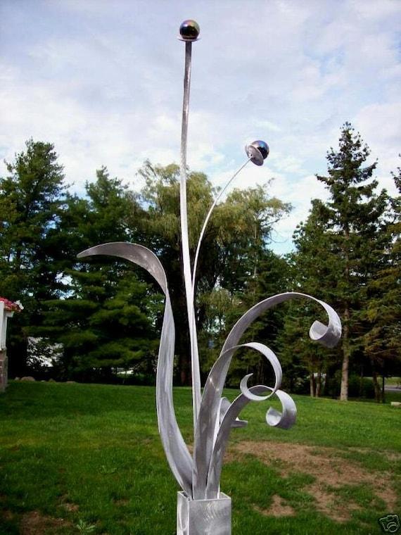 Alex Kovacs Contemporary Garden, Contemporary Garden Sculptures