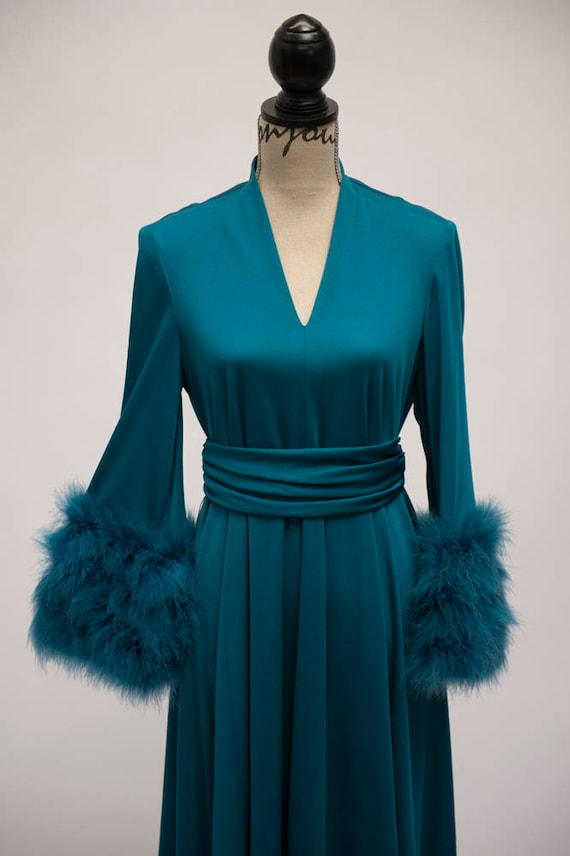 Lilli Diamond GORGEOUS gown! - image 2