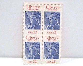 Statue of Liberty Stamps (4) 1986 Vintage Liberty 22 cent postage stamp America United States Block of 4 100th Anniversary New York City 80s