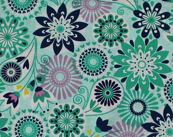 Benartex Fabrics 100/% cotton Palermo Textured Medallion Fabric