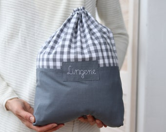 Travel lingerie bag with name, dirty clothes bag, kids travel accessories, travel laundry grating bag, chequered fabric, underwear bag