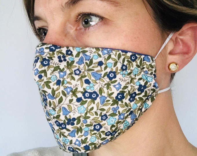 Face Mask, fitted with wire, 3 layers