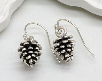 Antique Silver Pinecone Earrings,Fall Earrings,Pine Cone Earrings,3 D Pine Cone Earrings,Pinecones,Pine Cone Jewelry,Thanksgiving