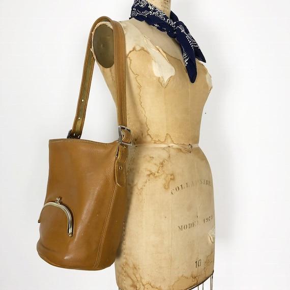 Bonnie Cashin RARE tan bucket bag c1960 Meyers Coa