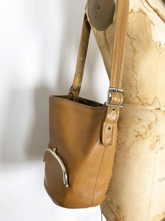 Bonnie Cashin RARE tan bucket bag c1960 Meyers Co… - image 3