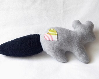 Squirrel Plush Dog Toy With Squeaker - Light Grey Body/Black Tail