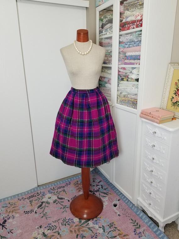 Vintage 1950's Purple and Blue Plaid Wool Box Plea