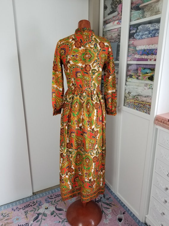 Vintage 1960's or 70's Paisley Maxi Dress with Lo… - image 6