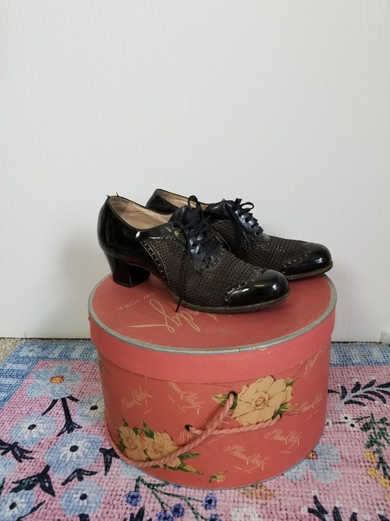 Vintage 1940's Black Lace Up  Summer Shoes Size 8… - image 2