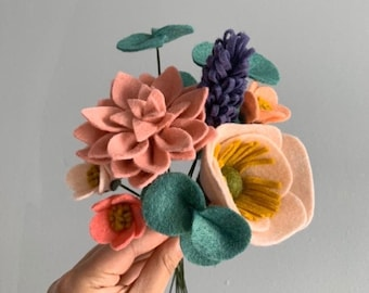 FELT FLOWER BOUQUET No. 023 forever flower bouquet teachers gift housewarming gift office cubicle decor Valentines day Mothers day