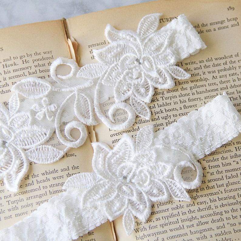 Bridal Wedding Garter-1826 White Wedding Garter Wedding Garter Set Ivory Beaded Flower Lace Wedding Garter,Ivory Lace Garter