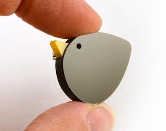 Blackbird brooch - Hand made acrylic brooch