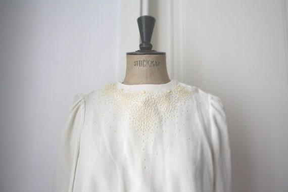 Beaded Ivory Blouse // Beaded chemise. Vintage blo