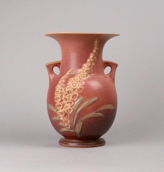 Price Reduced Vintage Roseville Foxglove Vase 50 9 In Old