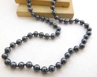 "Vintage Trifari Dark Gray Knotted Glass Pearl 18"" Necklace F24"