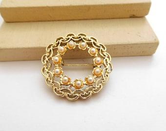 Vintage Brooch/Pin/Clips